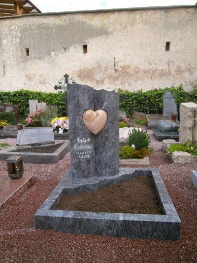 Beispiele Unserer Urnengraber Urnengrabsteine 2